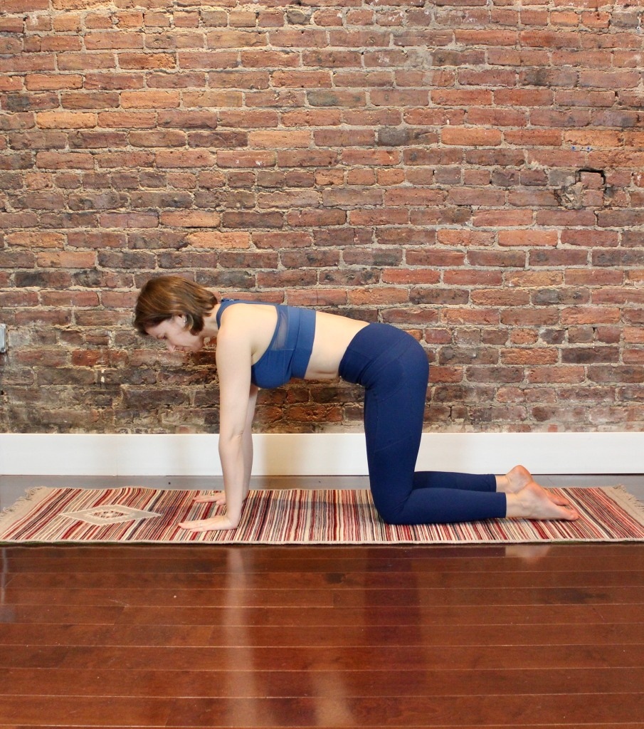 woman on all fours tabletop position