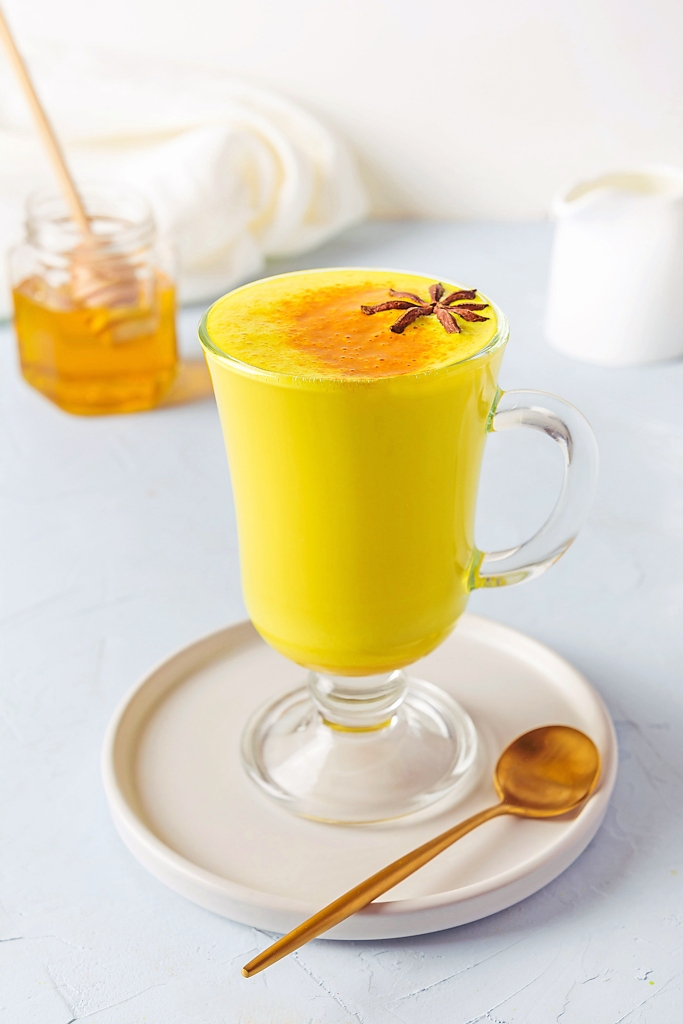 Pumpkin turmeric latte