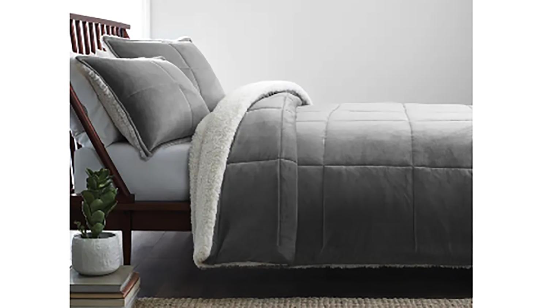 luxury winter comforter