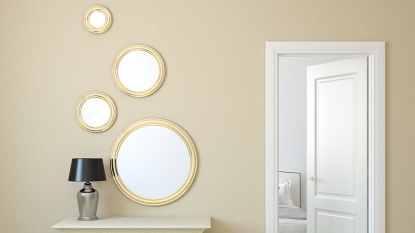 Decorating with Mirrors Synd Story Image 1/26
