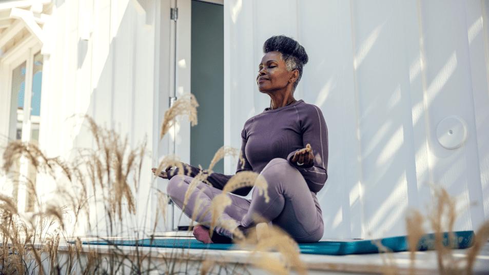 natural-remedies-menopause-symptoms