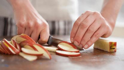 apple-core-seeds-health-benefits