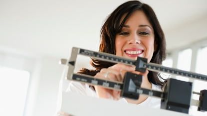 woman on detox diet losing weight