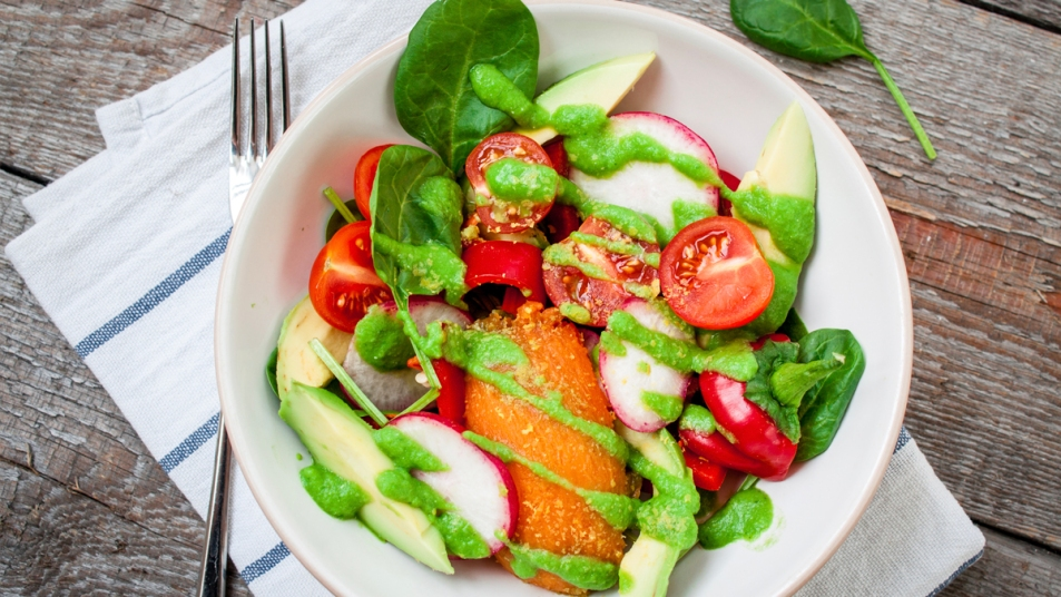 Salad with cherry tomatoes and sweet potato